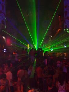 Feesten-op-Ibiza